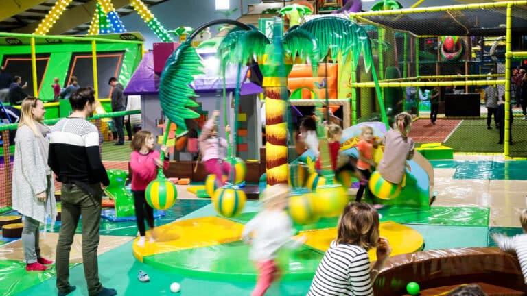 Monkey Island Indoor Spielplatz